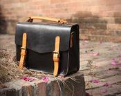 China LH-62-2 Black Ladies Leather Bags Cambridge Style Leather Women Handbags factory